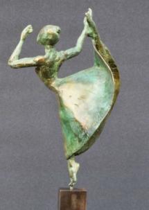 danseuse moderne 28x15x8